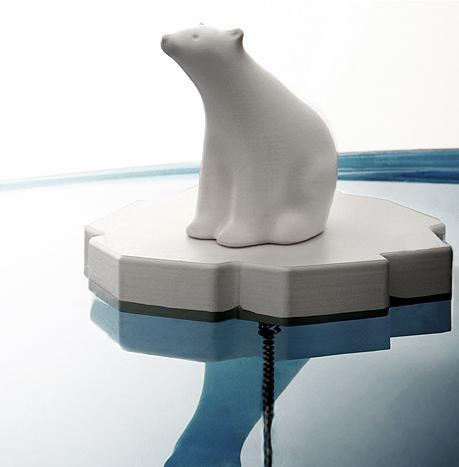 ours-polaire-baignoire