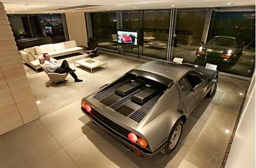 Maserati-garage-2