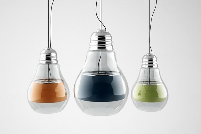 Tin lamp par yar rassadin blog d co design for Lampe en forme d ampoule