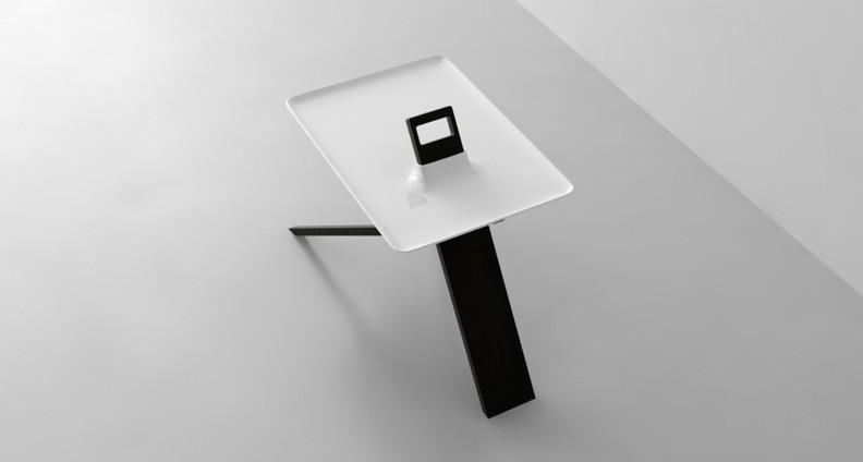 table-tripod-3