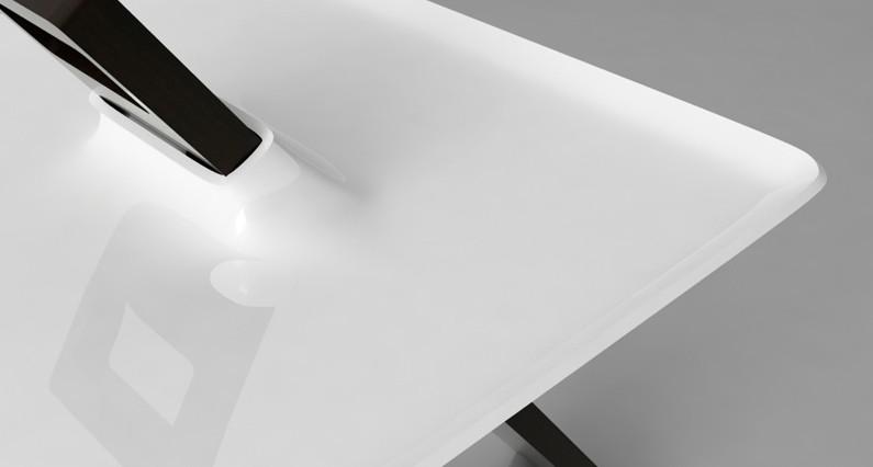 table-tripod-4