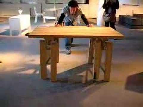 Un table qui marche presque toute seule blog d co design - Table a repasser qui repasse toute seule ...