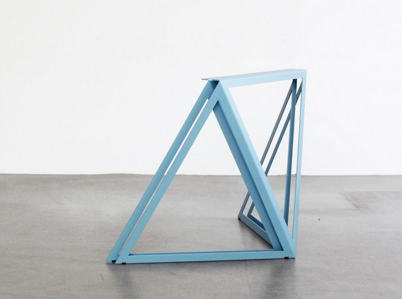 Pieds De Table Steel Stand Par Sebastian Scherer Blog