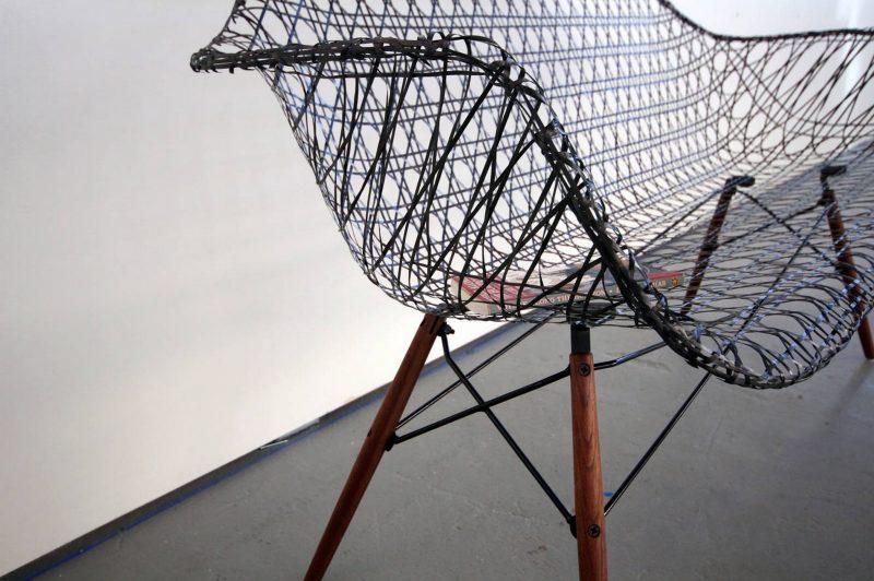 Carbon-Fiber-Eames-Sofa-2