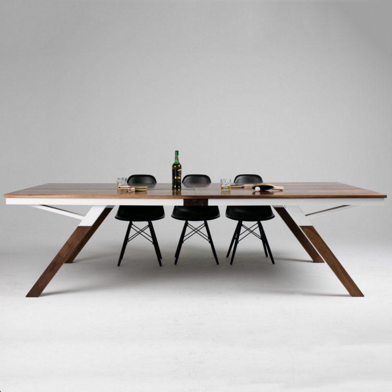 Une belle table de ping pong qui fait aussi office de for Table salle a manger qui ne prend pas de place