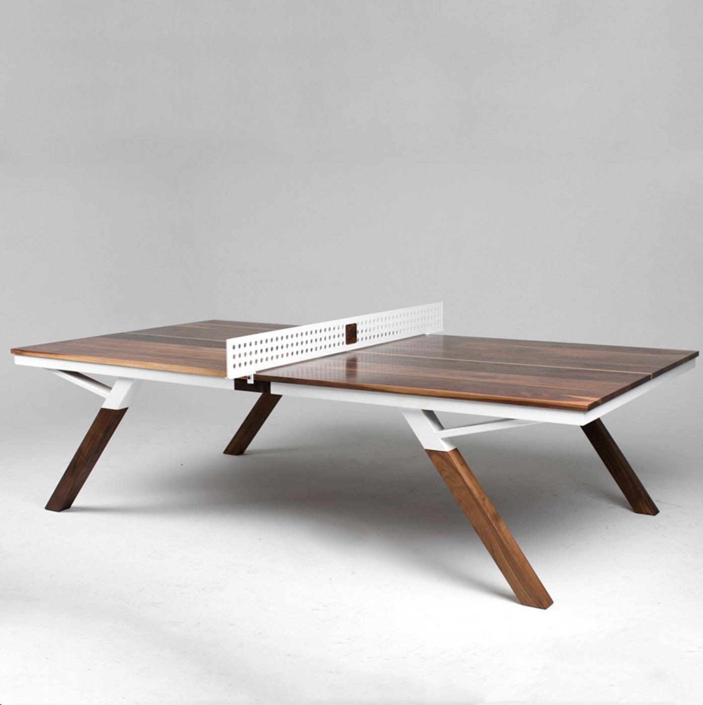 Une belle table de ping pong qui fait aussi office de - Fabriquer une table de beer pong ...